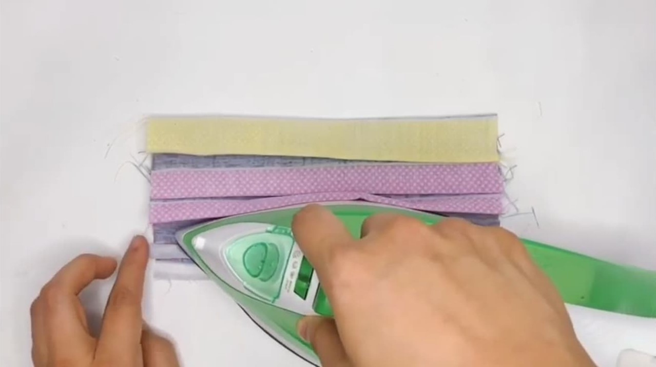 iron small fold bottom